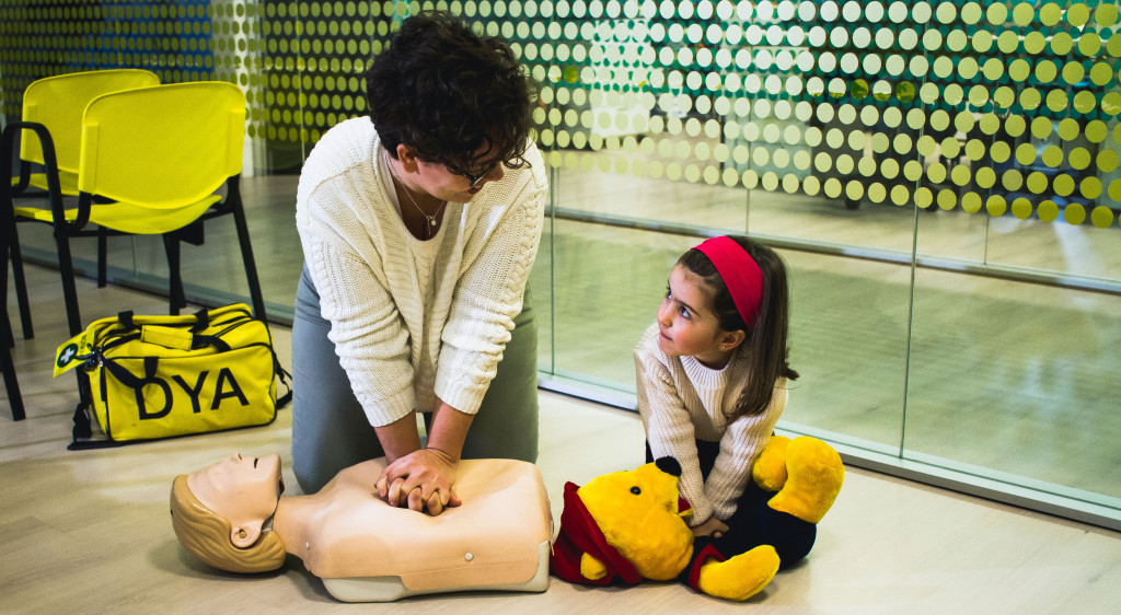 Talleres en Familia: ¡¡¡ Aprende Reanimación Cardiopulmonar con tus peques!!!